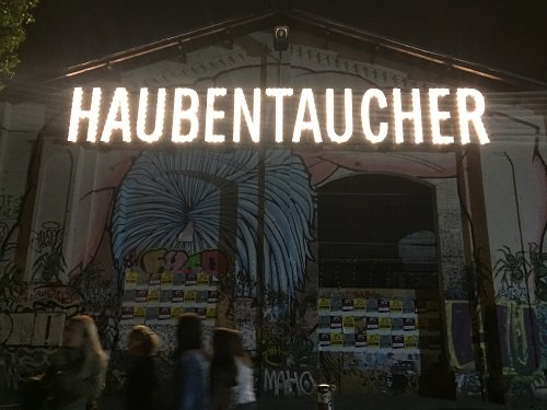 At Haubentaucher, you can enjoy their urban pool parties.