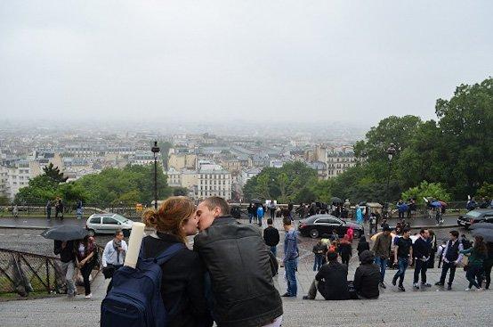 Never stop kissing in the rain, Paris.