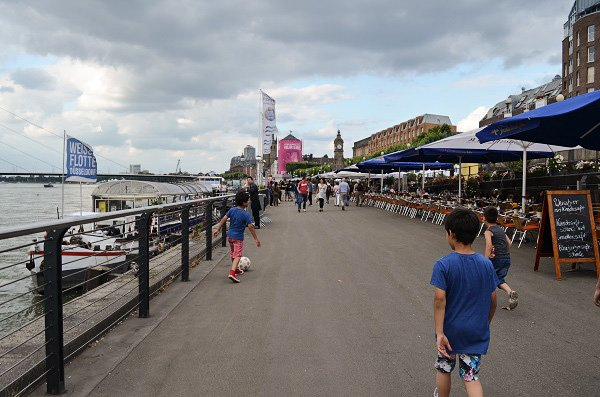Dusseldorf kids