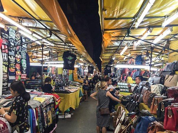 Patpong market