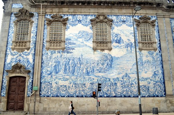 porto blue walls