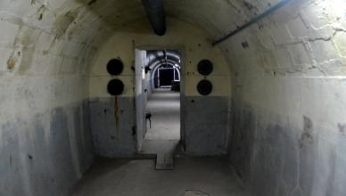 prague bomb shelter tour